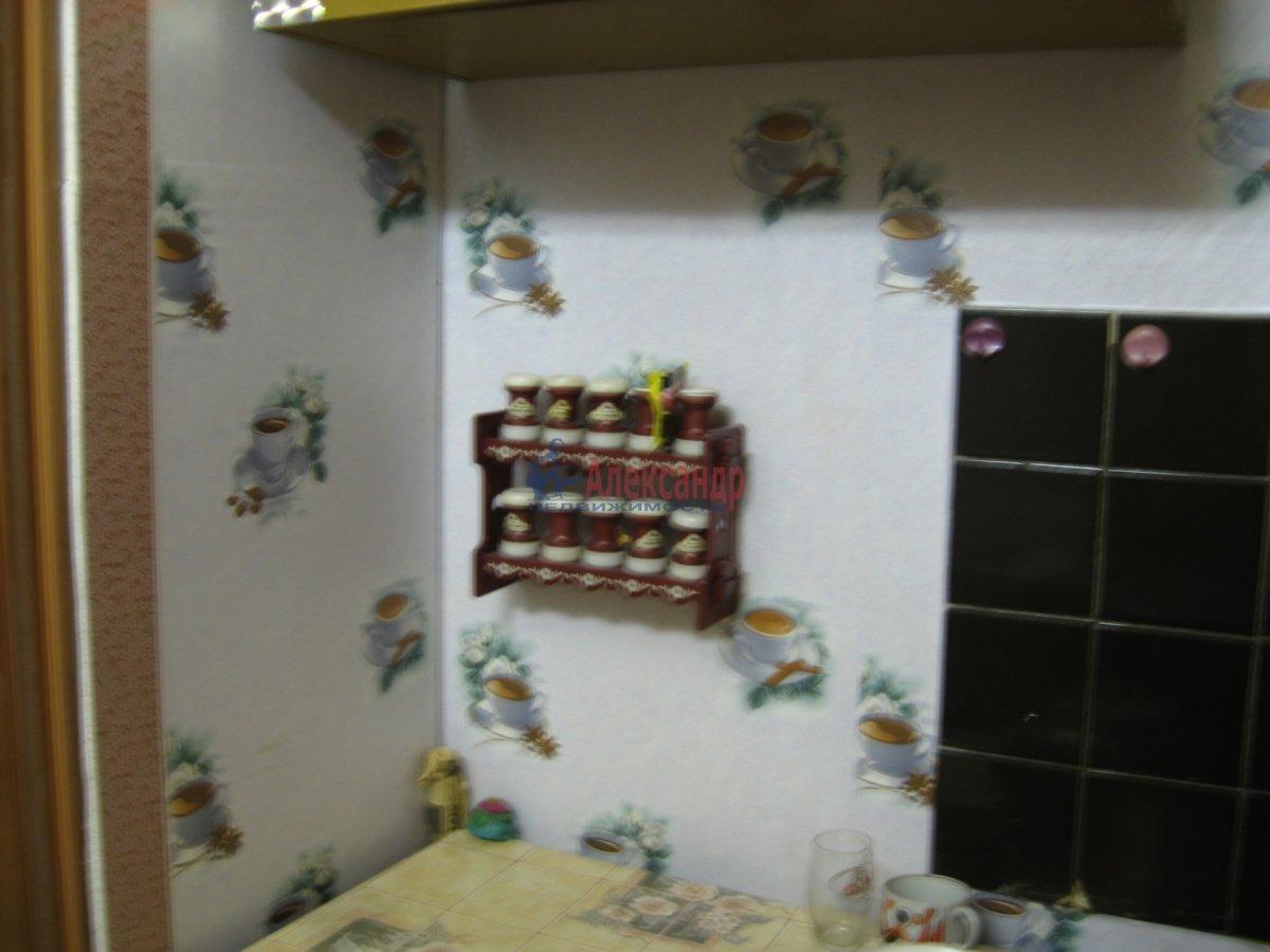 1-комнатная квартира (40м2) в аренду по адресу Кузнецовская ул., 44— фото 4 из 5