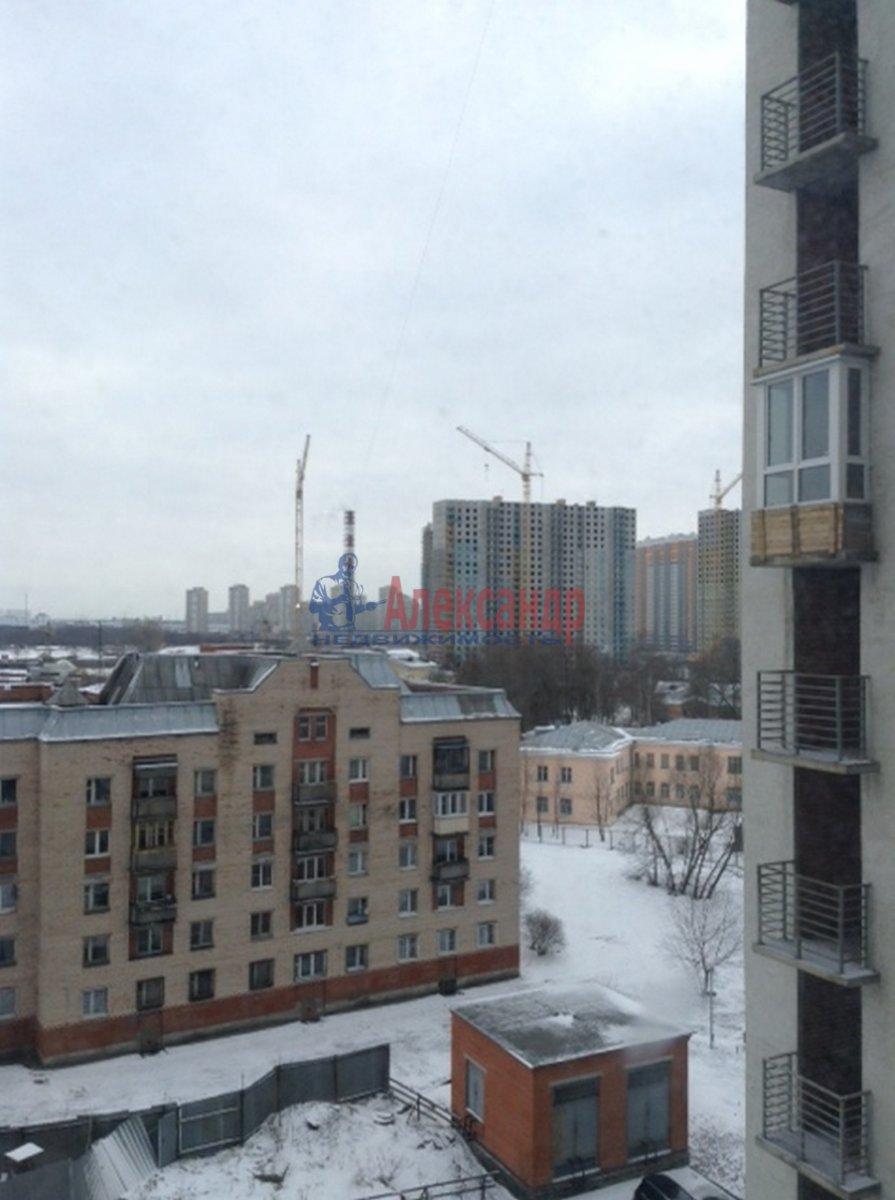 1-комнатная квартира (41м2) в аренду по адресу Славы пр., 51— фото 3 из 7