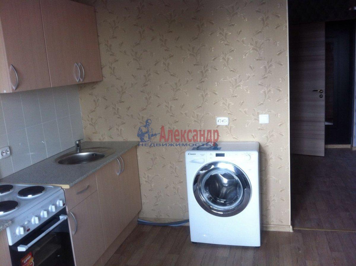1-комнатная квартира (36м2) в аренду по адресу Обуховской Обороны пр., 195— фото 1 из 6