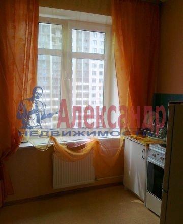 1-комнатная квартира (40м2) в аренду по адресу Вербная ул., 13— фото 1 из 6