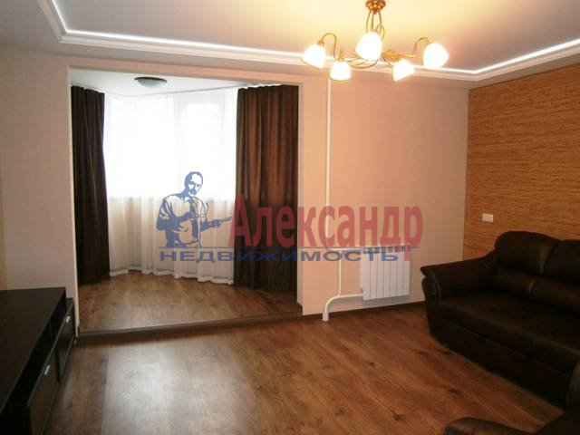 1-комнатная квартира (46м2) в аренду по адресу Бассейная ул., 89— фото 5 из 9