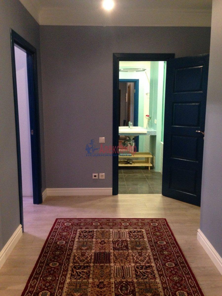 2-комнатная квартира (72м2) в аренду по адресу Кременчугская ул., 9— фото 10 из 13