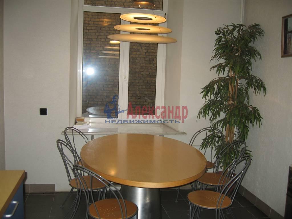 6-комнатная квартира (220м2) в аренду по адресу Московский пр., 4— фото 1 из 6