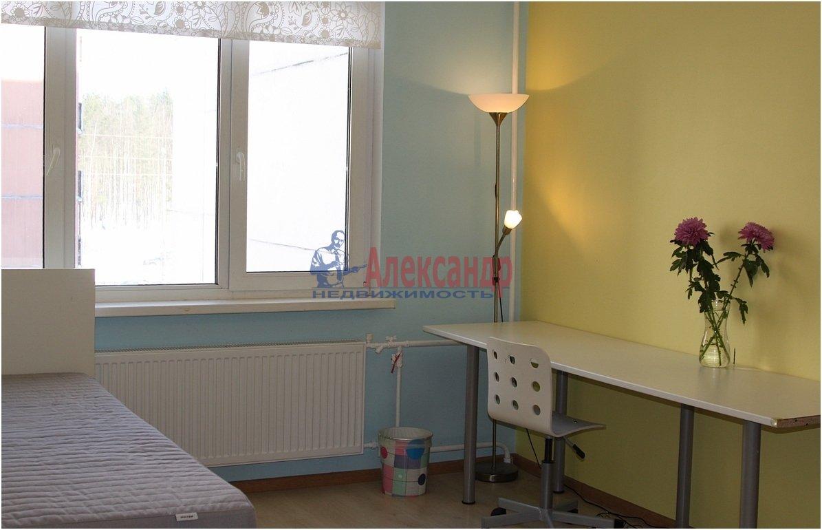 1-комнатная квартира (40м2) в аренду по адресу Чернышевского пл., 10— фото 1 из 4