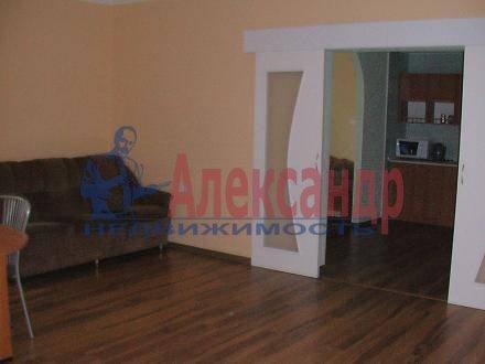 Дом (92м2) в аренду — фото 1 из 9