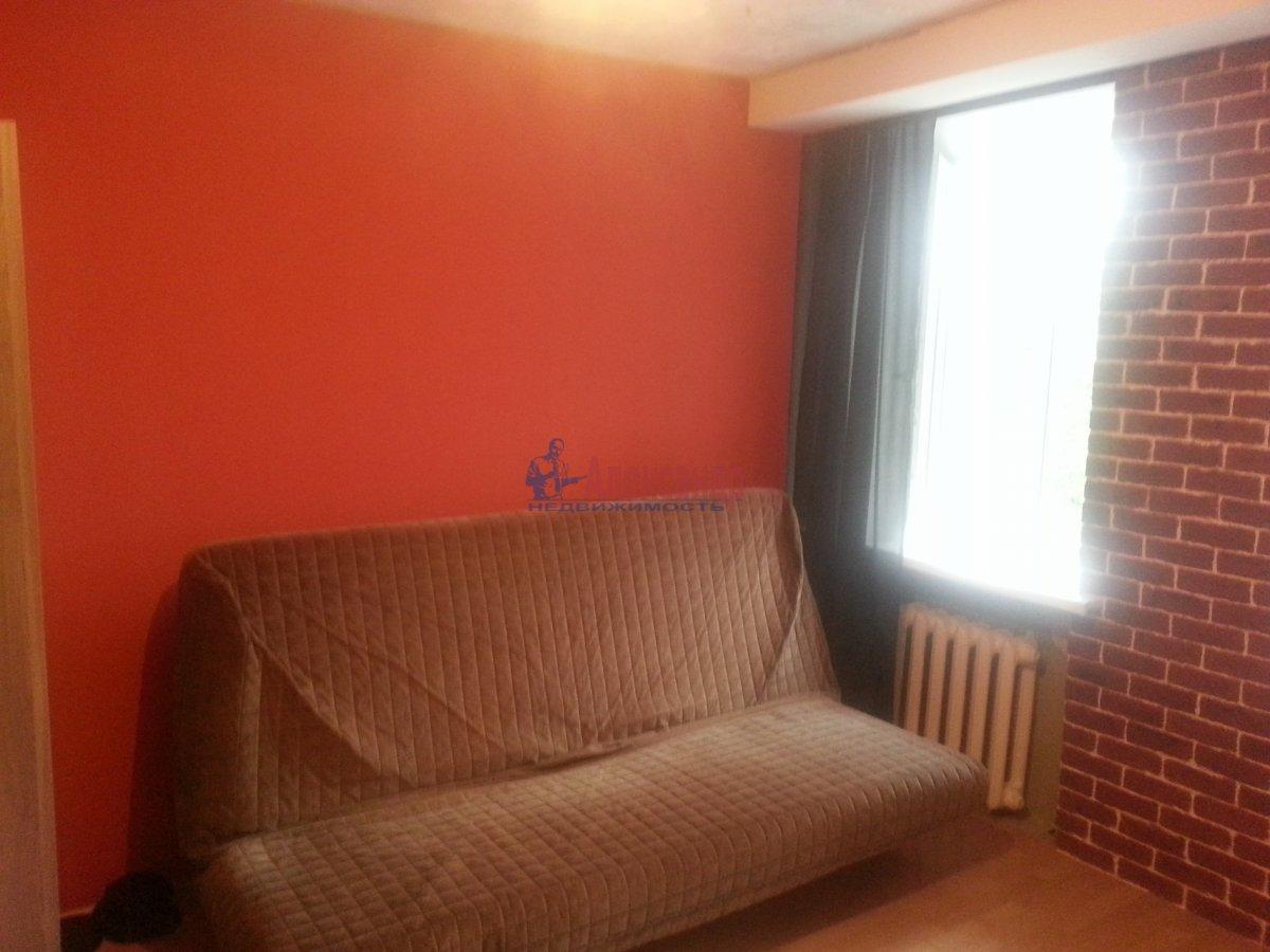 Комната в 3-комнатной квартире (80м2) в аренду по адресу Новочеркасский пр., 11— фото 5 из 10