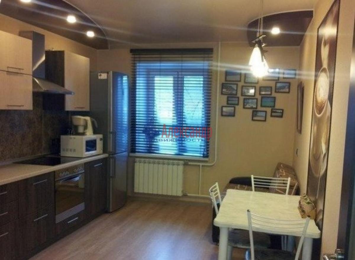 1-комнатная квартира (44м2) в аренду по адресу Крыленко ул., 45— фото 1 из 5
