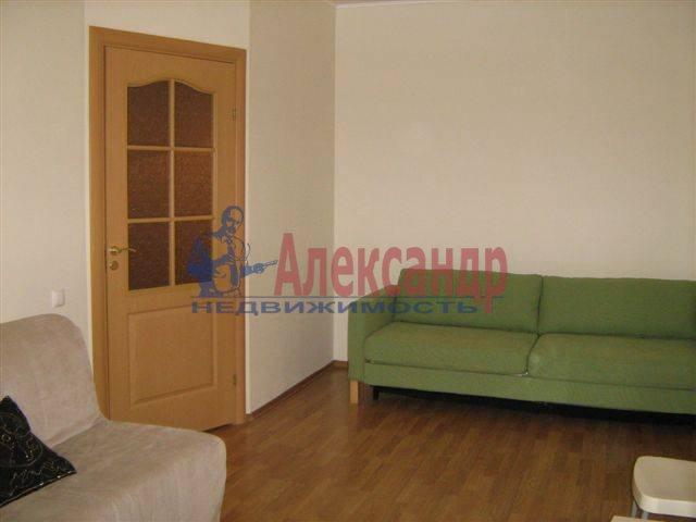 1-комнатная квартира (35м2) в аренду по адресу Исполкомская ул., 4— фото 4 из 8