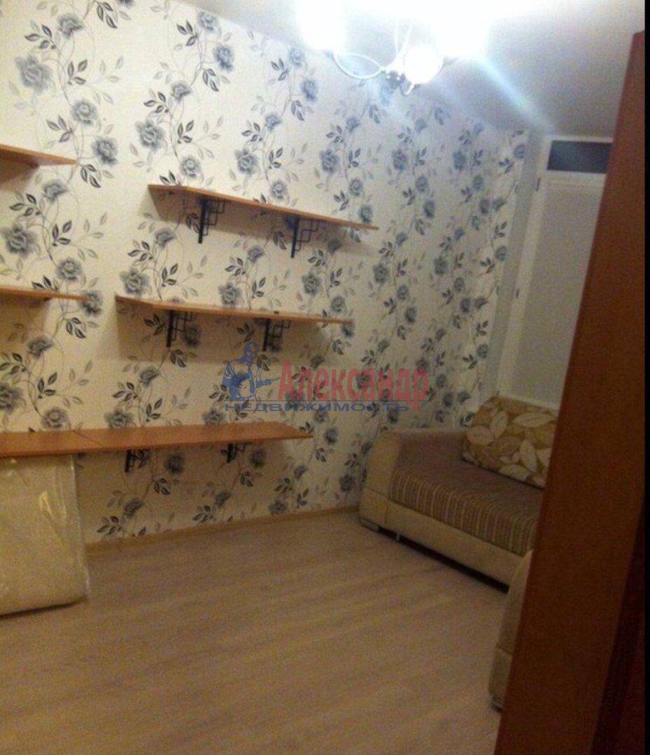1-комнатная квартира (35м2) в аренду по адресу Мытнинская наб., 11— фото 2 из 5