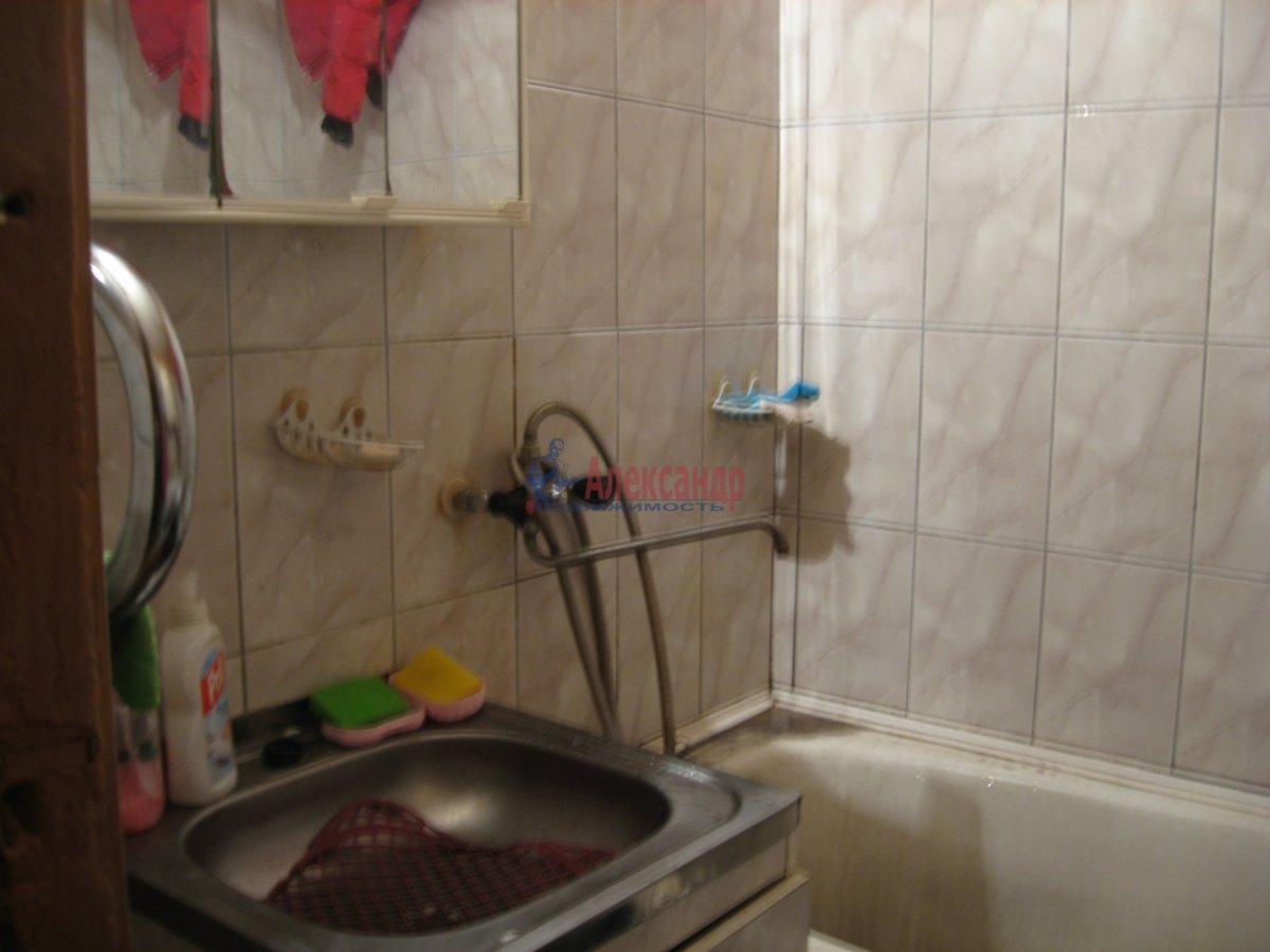 1-комнатная квартира (40м2) в аренду по адресу Кузнецовская ул., 44— фото 5 из 5