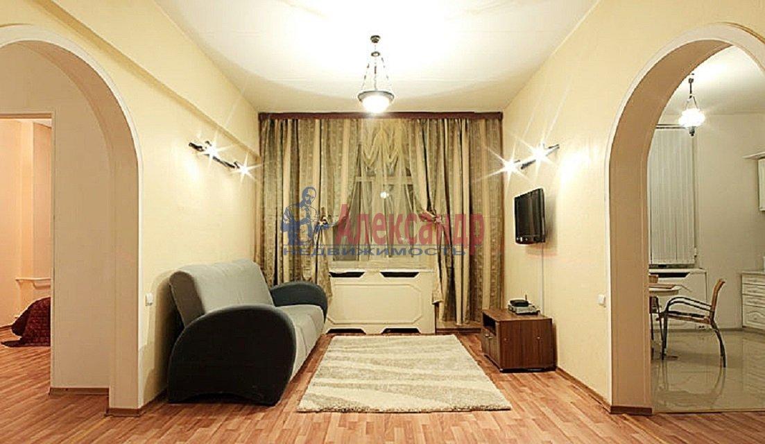 2-комнатная квартира (60м2) в аренду по адресу Коломяжский пр., 15— фото 4 из 5