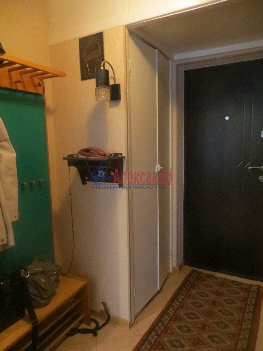 1-комнатная квартира (35м2) в аренду по адресу Малый В.О. пр., 6— фото 8 из 9