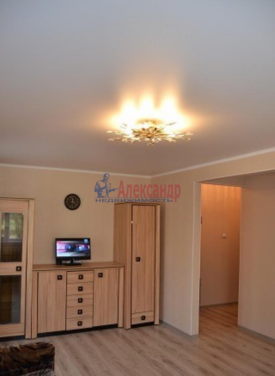 1-комнатная квартира (32м2) в аренду по адресу Трамвайный пр., 12— фото 4 из 6