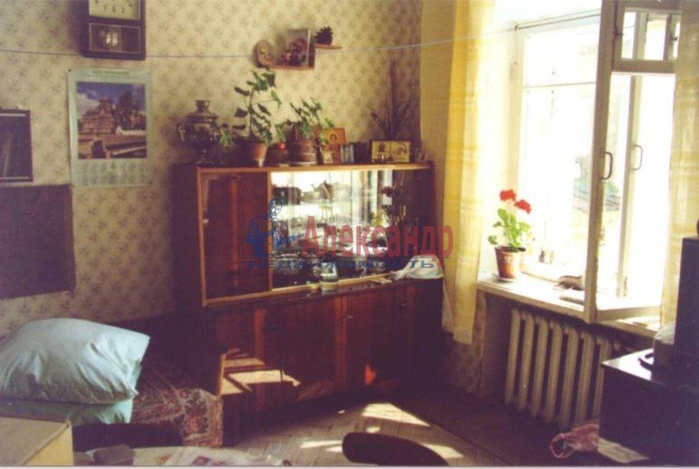 Комната в 3-комнатной квартире (55м2) в аренду по адресу Пушкин г., Ленинградская ул., 63— фото 1 из 1
