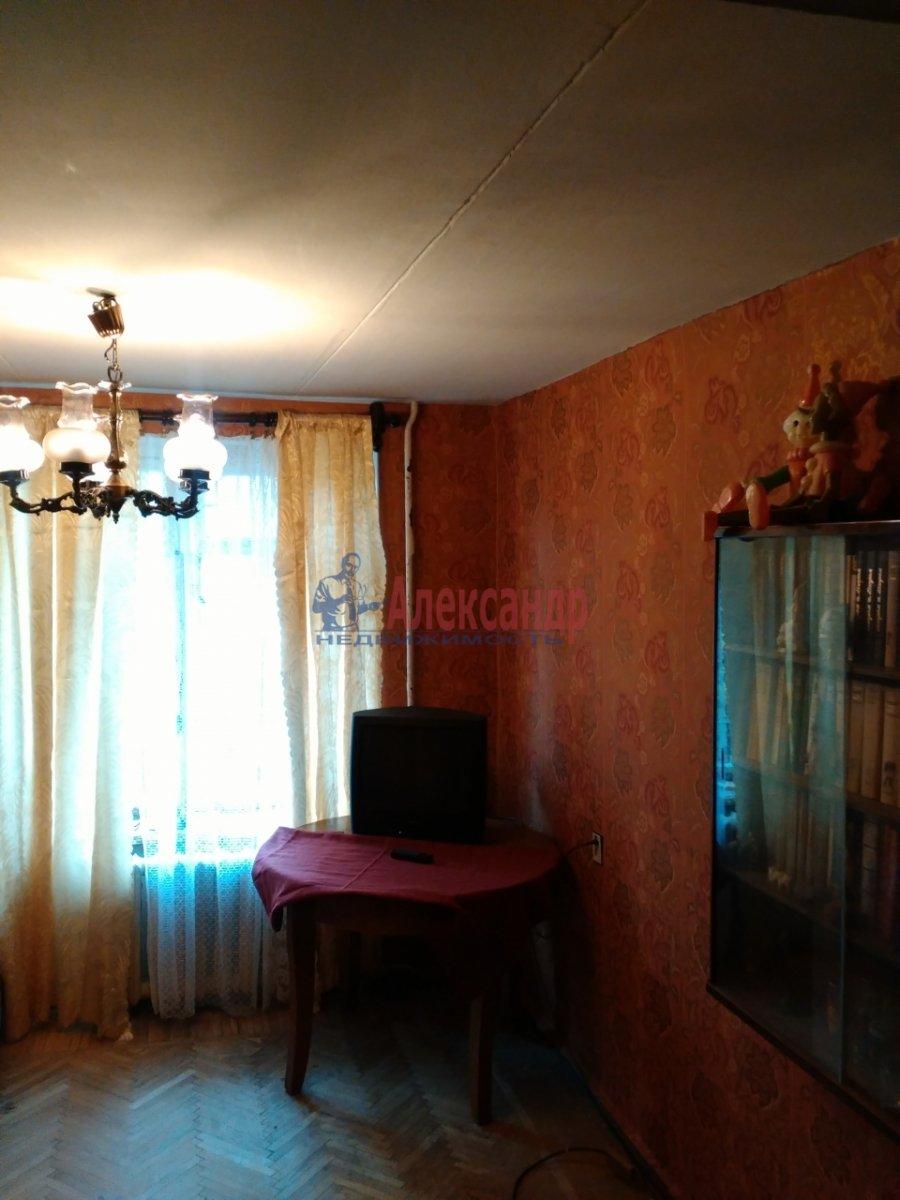 Комната в 2-комнатной квартире (53м2) в аренду по адресу Карташихина ул., 19— фото 5 из 9