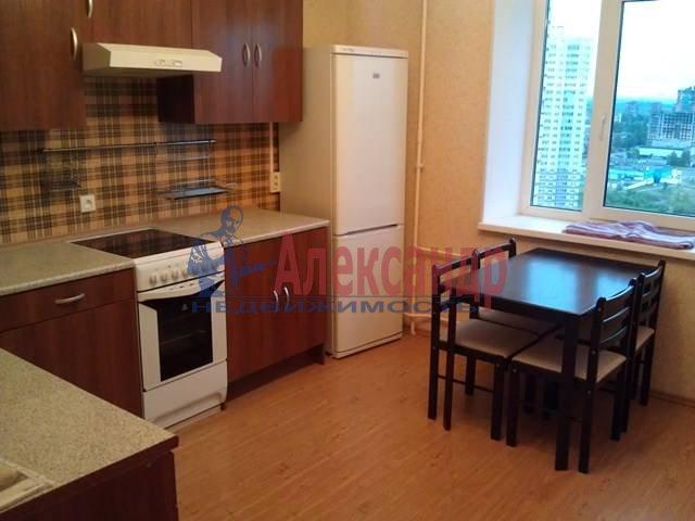 3-комнатная квартира (91м2) в аренду по адресу Учительская ул., 18/2— фото 2 из 10