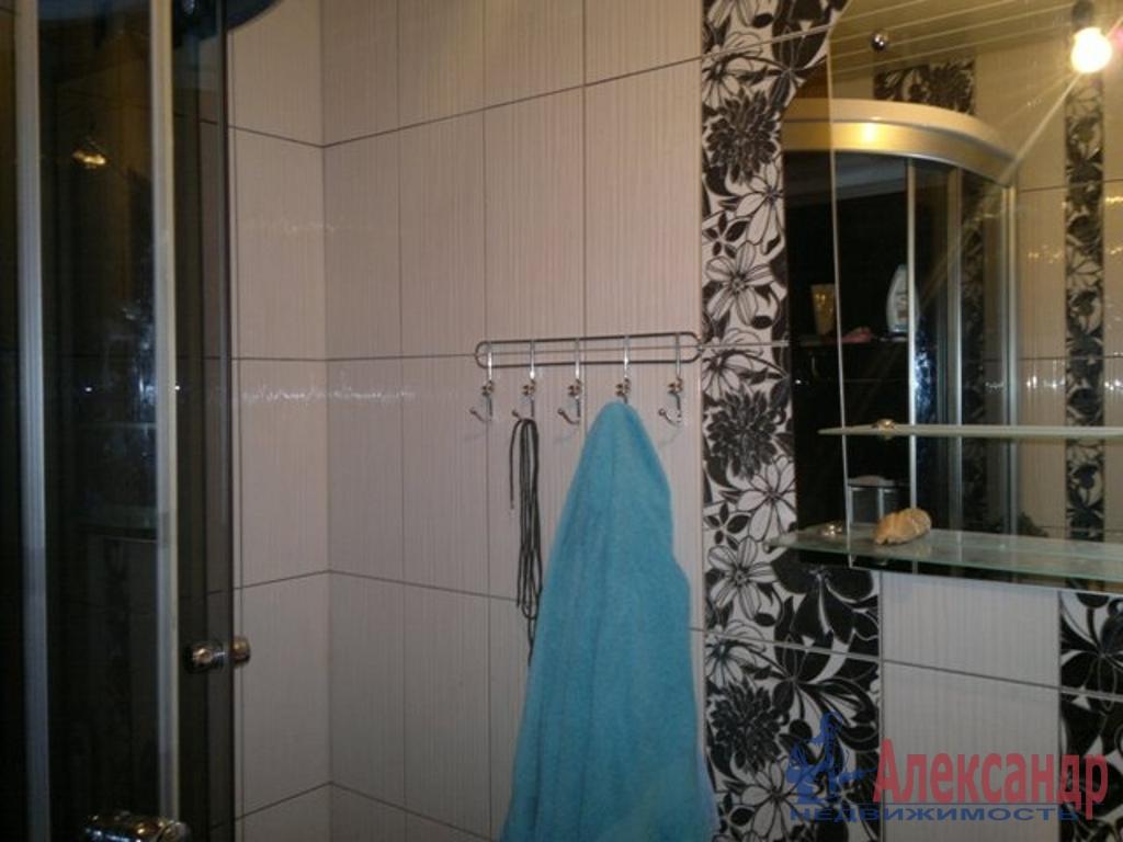 Комната в 2-комнатной квартире (39м2) в аренду по адресу Маршала Говорова ул., 24— фото 2 из 3