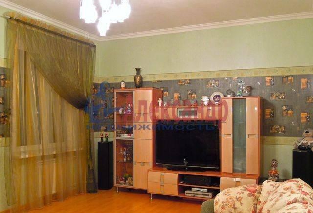 2-комнатная квартира (62м2) в аренду по адресу Ленинский пр., 76— фото 1 из 5