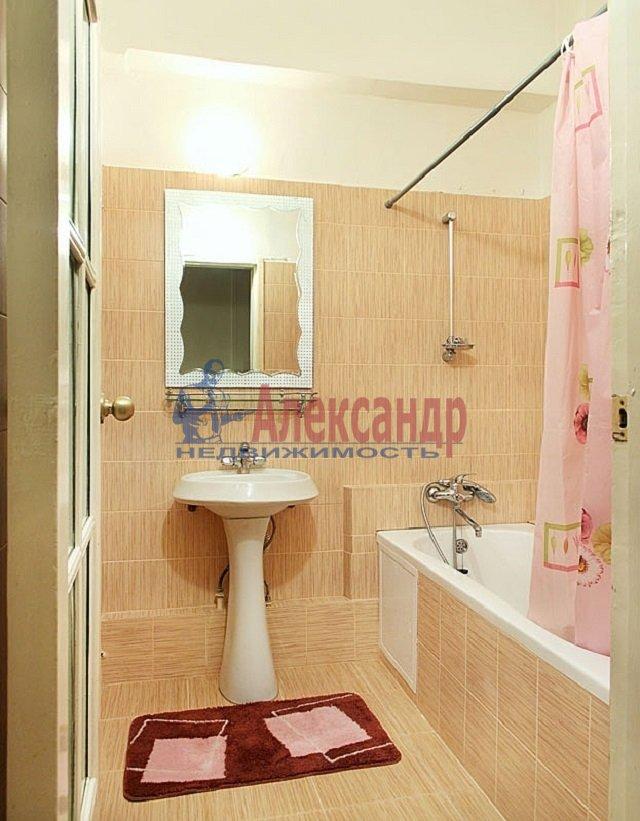 2-комнатная квартира (60м2) в аренду по адресу Коломяжский пр., 15— фото 5 из 5