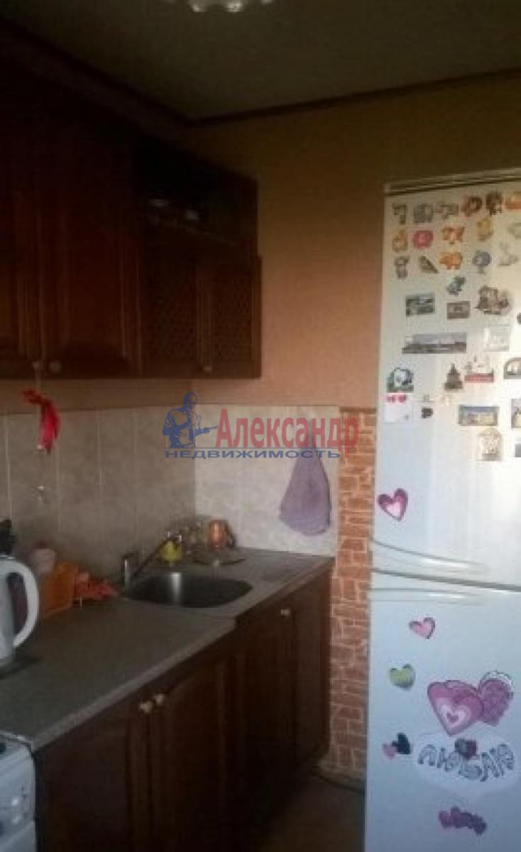 Комната в 4-комнатной квартире (44м2) в аренду по адресу Васи Алексеева ул., 7— фото 3 из 5