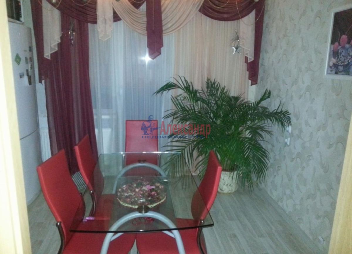 1-комнатная квартира (45м2) в аренду по адресу Ветеранов пр., 75— фото 1 из 6