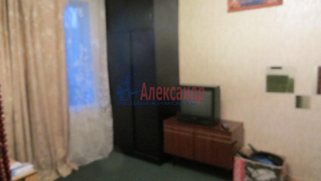 1-комнатная квартира (35м2) в аренду по адресу Лужская ул., 6— фото 1 из 4