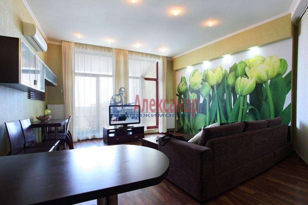 2-комнатная квартира (75м2) в аренду по адресу Киевская ул., 3— фото 3 из 8