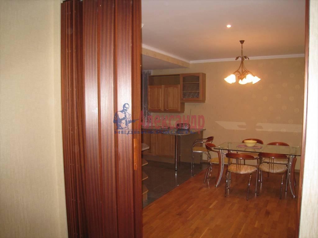5-комнатная квартира (190м2) в аренду по адресу Мичуринская ул., 4— фото 7 из 12