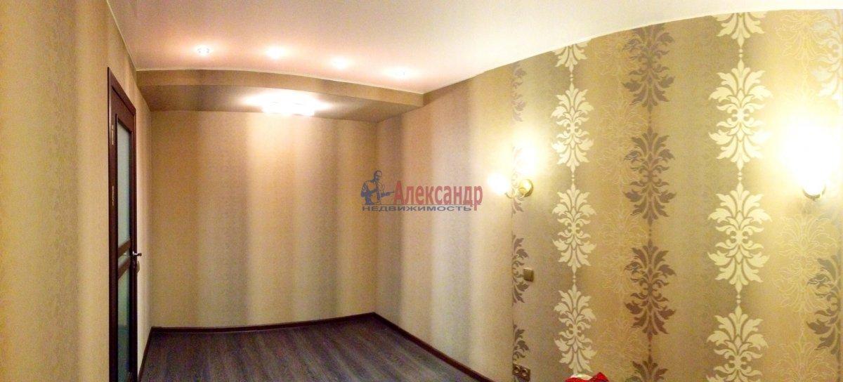 2-комнатная квартира (45м2) в аренду по адресу Орджоникидзе ул., 9— фото 2 из 4