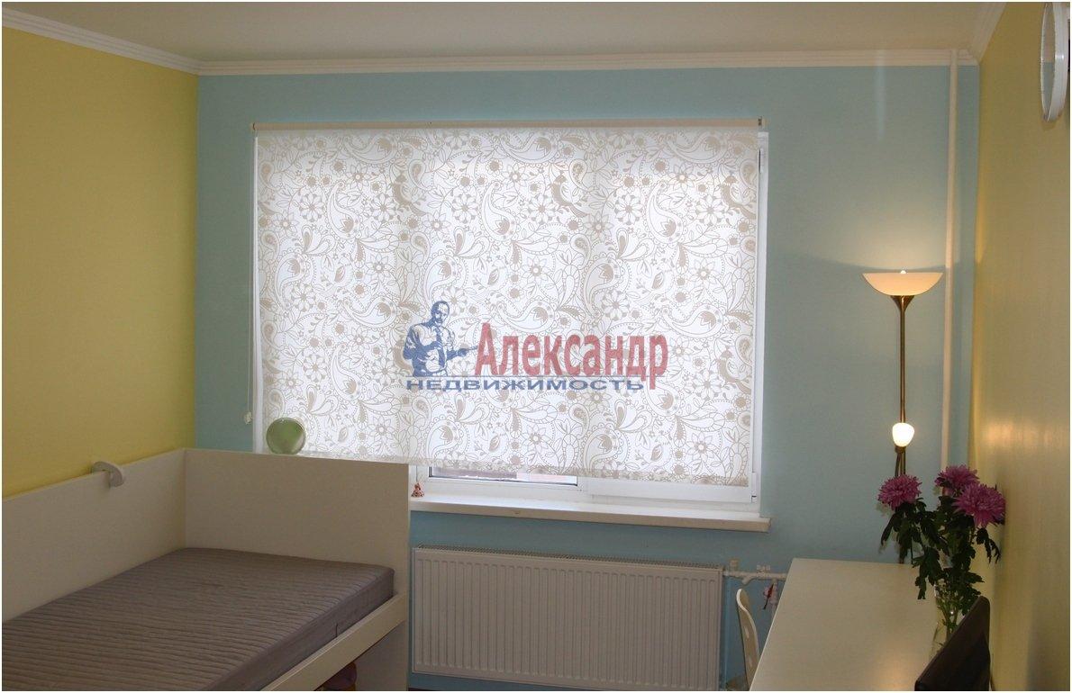 1-комнатная квартира (40м2) в аренду по адресу Чернышевского пл., 10— фото 3 из 4