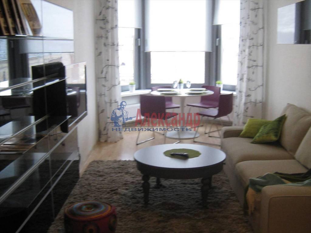 2-комнатная квартира (54м2) в аренду по адресу Чернышевского пр., 4— фото 2 из 5