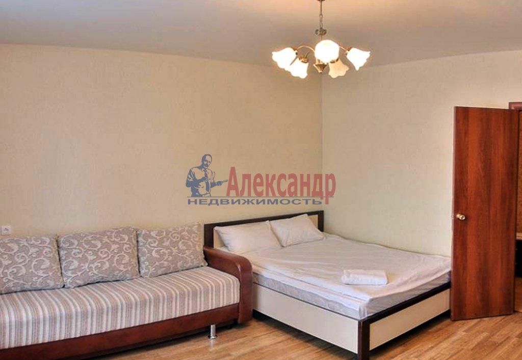 1-комнатная квартира (40м2) в аренду по адресу Хошимина ул., 7— фото 1 из 4