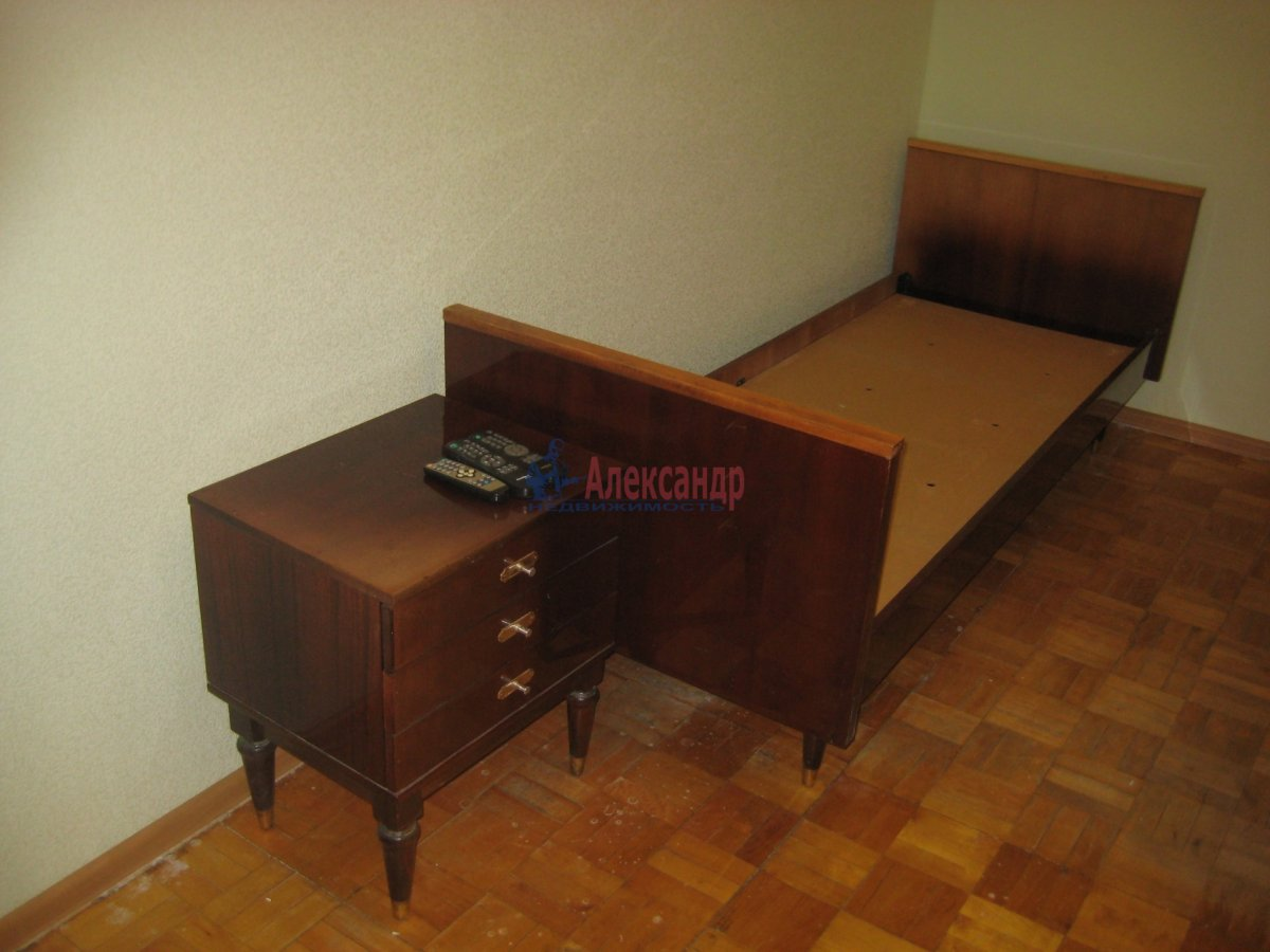 3-комнатная квартира (65м2) в аренду по адресу Яхтенная ул., 31— фото 9 из 24