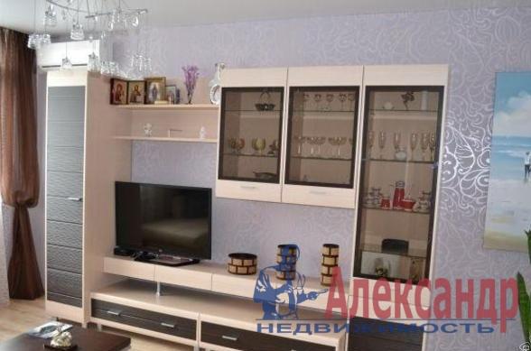 1-комнатная квартира (45м2) в аренду по адресу Новаторов бул., 67— фото 1 из 6