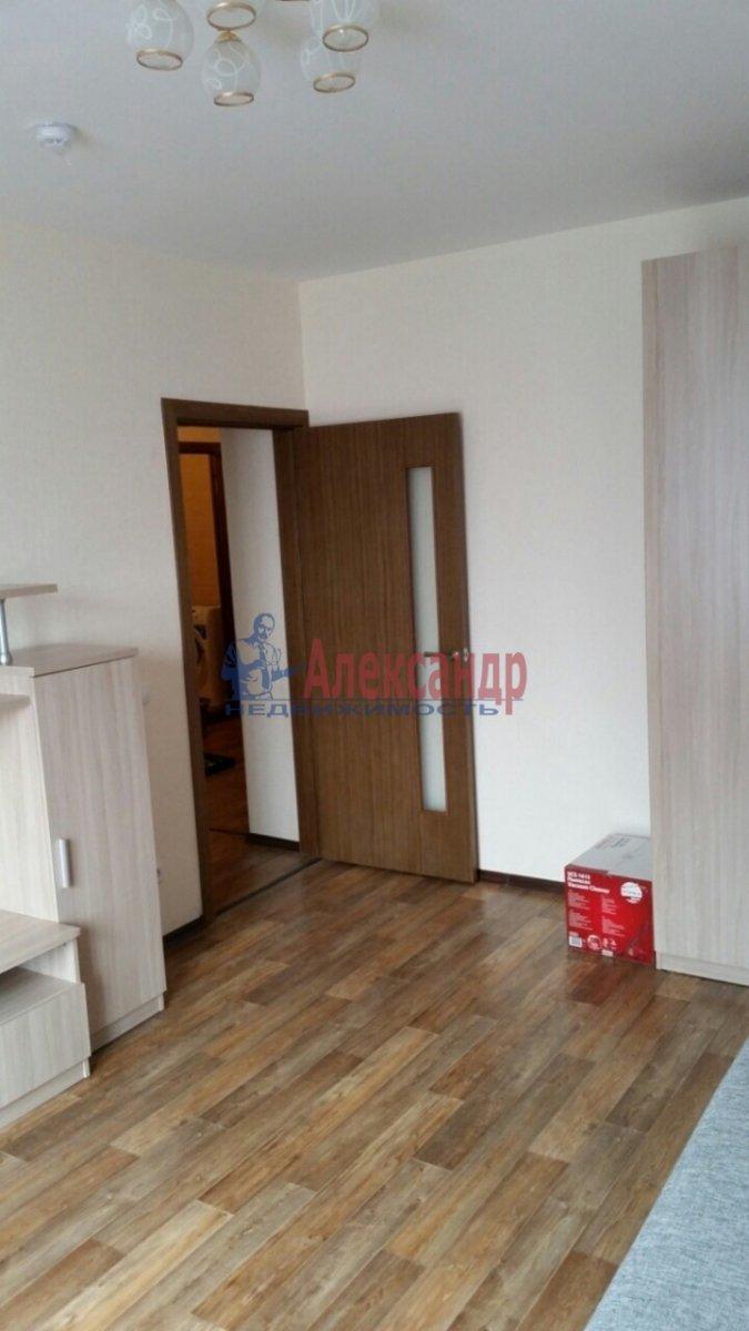 1-комнатная квартира (40м2) в аренду по адресу Кушелевская дор., 3— фото 3 из 8