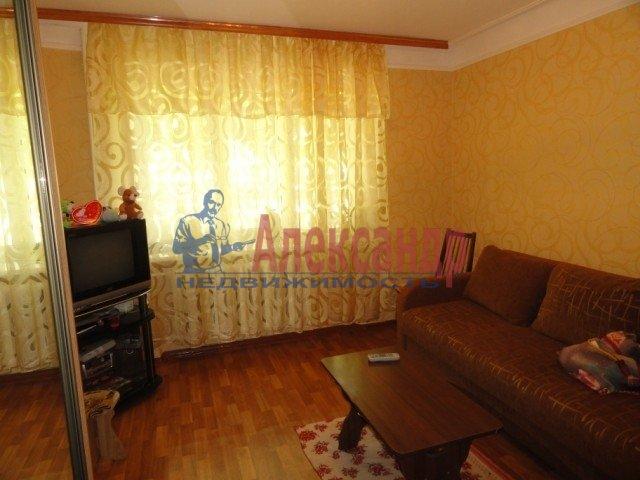 3-комнатная квартира (60м2) в аренду по адресу Белградская ул., 22— фото 2 из 4