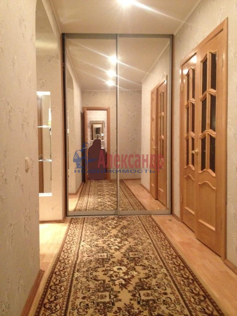 1-комнатная квартира (35м2) в аренду по адресу Искровский пр., 42— фото 3 из 3
