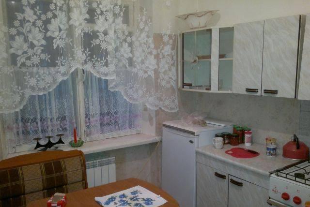 2-комнатная квартира (43м2) в аренду по адресу Наличная ул., 37— фото 1 из 3