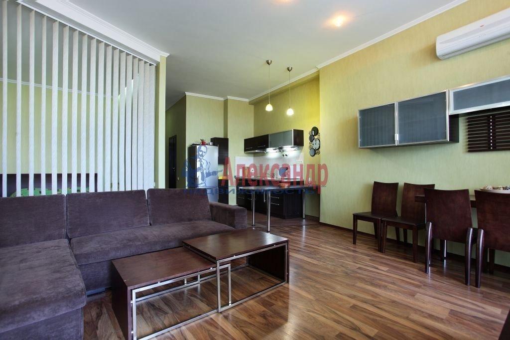 2-комнатная квартира (75м2) в аренду по адресу Киевская ул., 3— фото 1 из 8