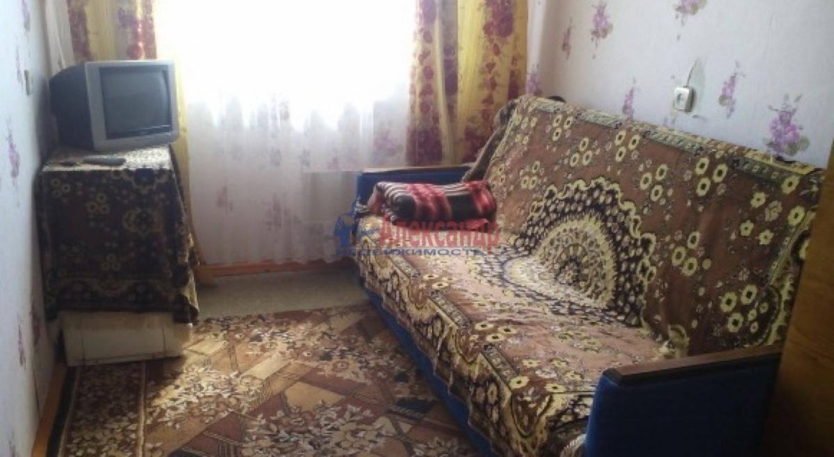 1-комнатная квартира (36м2) в аренду по адресу Ветеранов пр., 135— фото 1 из 3