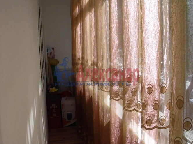 1-комнатная квартира (42м2) в аренду по адресу Белы Куна ул., 1— фото 7 из 8