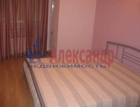 1-комнатная квартира (42м2) в аренду по адресу Ленинский пр., 84— фото 2 из 5