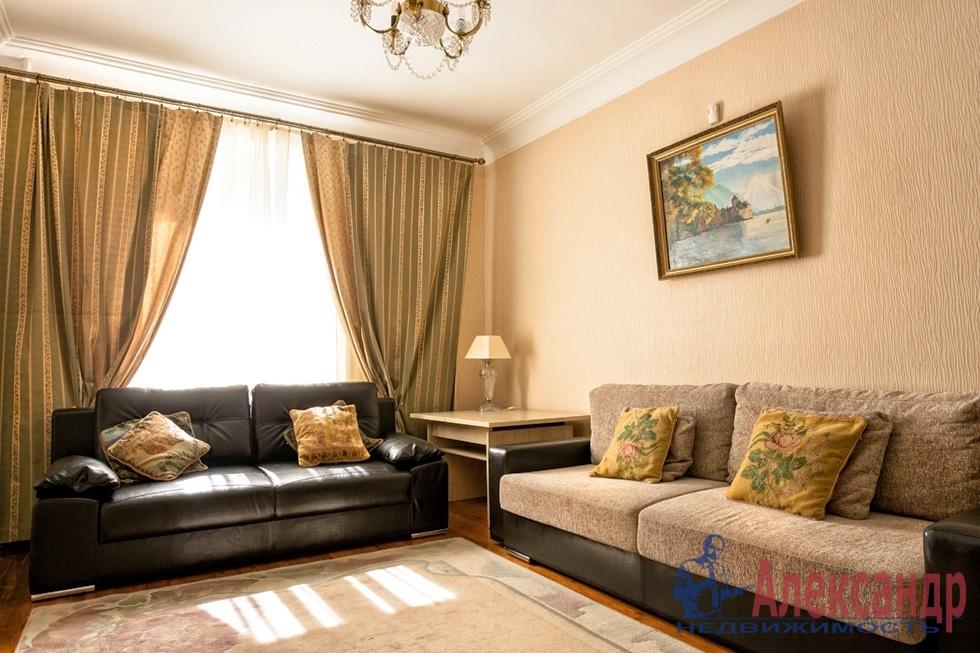 2-комнатная квартира (61м2) в аренду по адресу Коломяжский пр., 20— фото 1 из 4