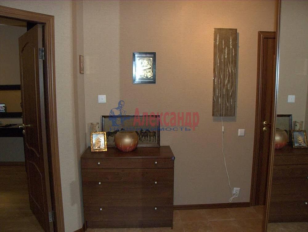 2-комнатная квартира (65м2) в аренду по адресу Бутлерова ул., 40— фото 10 из 14