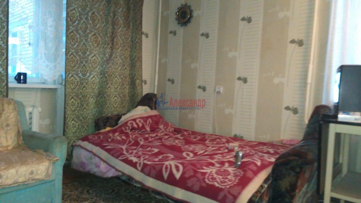 1-комнатная квартира (38м2) в аренду по адресу Пограничника Гарькавого ул., 3— фото 1 из 9