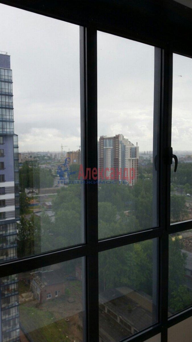 1-комнатная квартира (40м2) в аренду по адресу Кушелевская дор., 3— фото 6 из 8