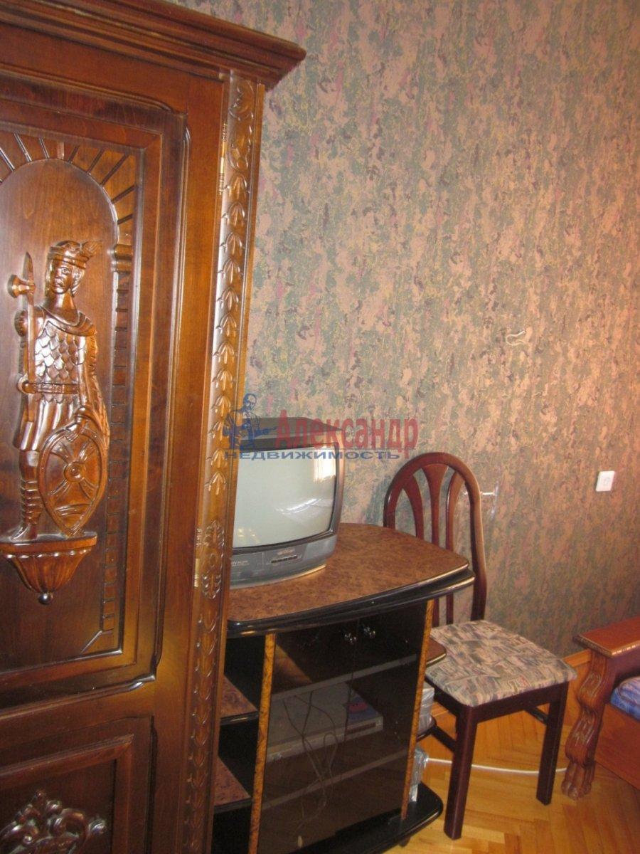 2-комнатная квартира (60м2) в аренду по адресу Тверская ул., 27— фото 3 из 7
