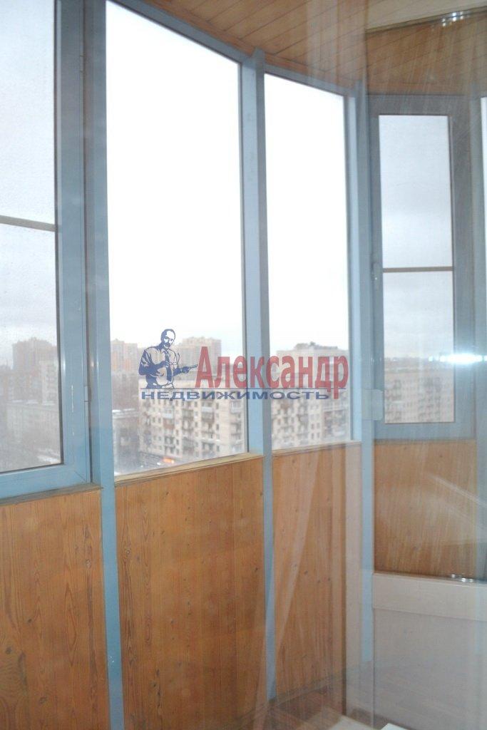 1-комнатная квартира (41м2) в аренду по адресу Шлиссельбургский пр., 24— фото 10 из 11