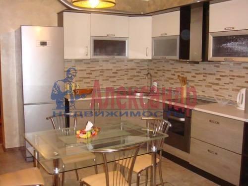 3-комнатная квартира (100м2) в аренду по адресу Сизова пр., 25— фото 1 из 8
