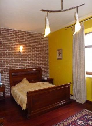 2-комнатная квартира (71м2) в аренду по адресу Марата ул., 37— фото 1 из 4